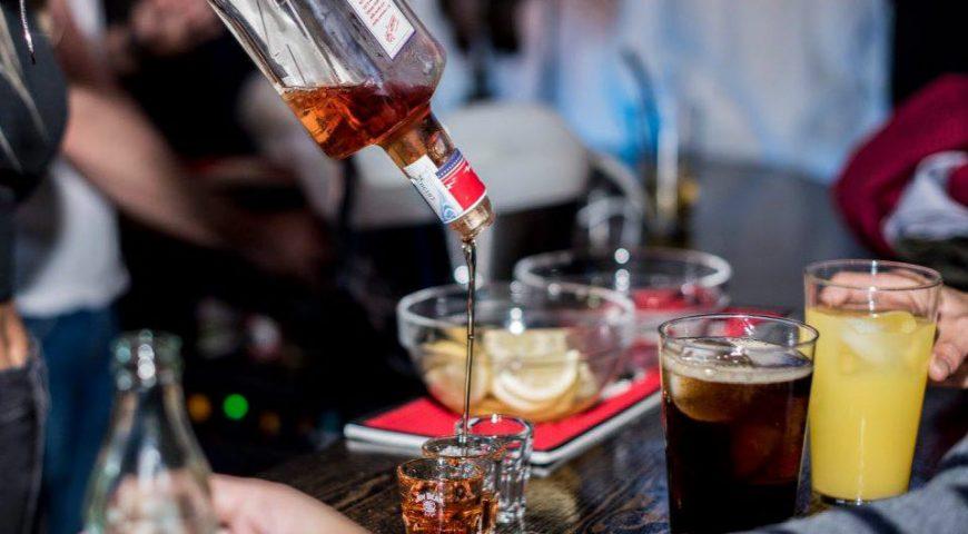 7 cócteles con ginebra que debes probar este 2019